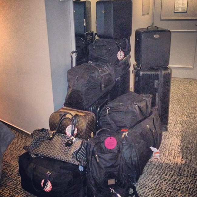 Who says I have baggage... I don't have baggage I got luggage...  ~ Andy Lecompte