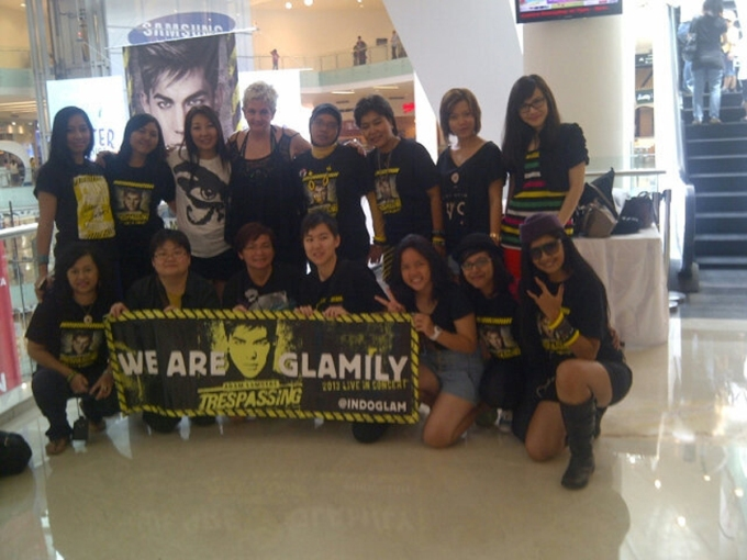 Glamberts from Indonesia,Malaysia, Singapore & UK at Jakarta  - Photo by @TitiSiregar