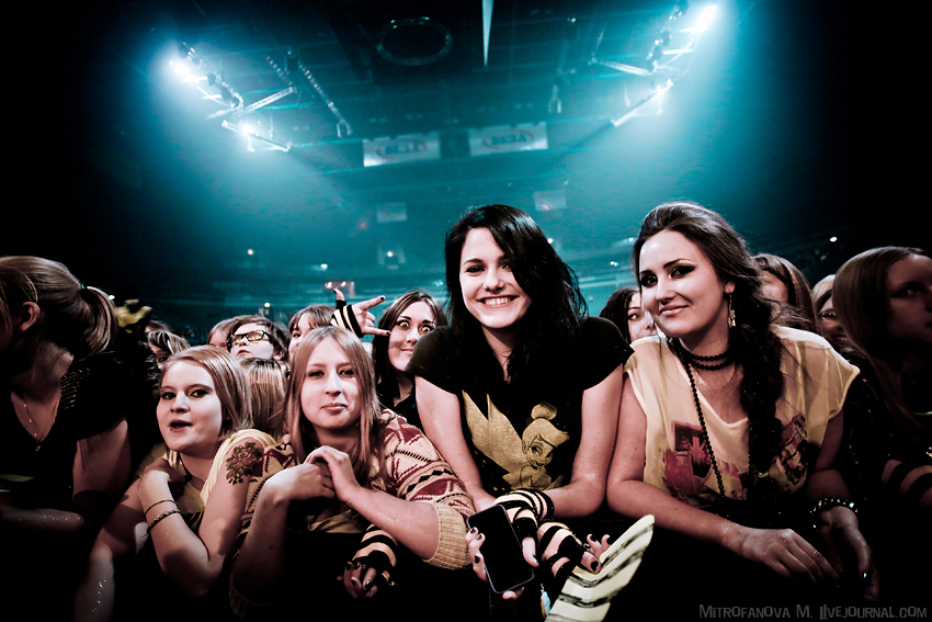 The Crowd - Photo credit Mitrofanova M.