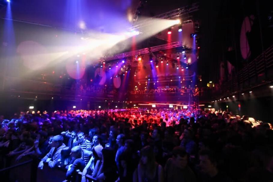 The Crowd - GNT Zurich