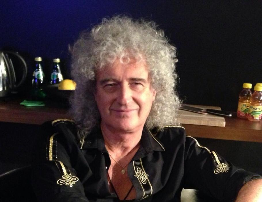 Ah ! No attachment.  Here I am ... Bri X