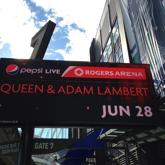 Good Evening Vancouver! Tonight We Are All Canucks! ~ officialqueenmusic