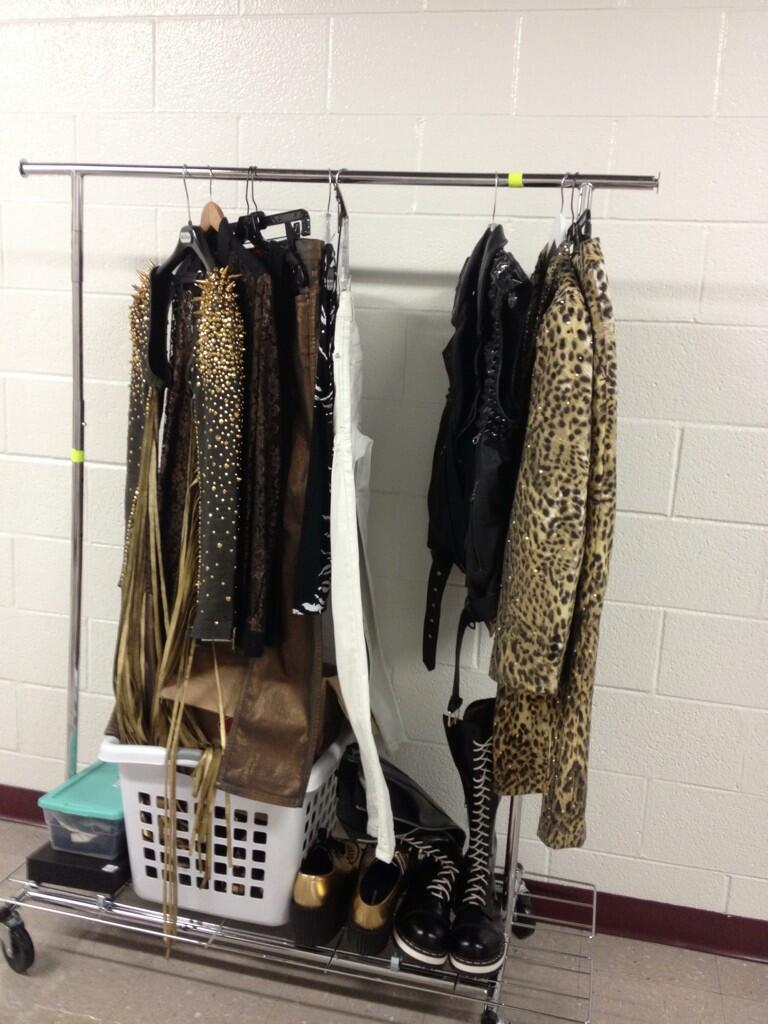 Wardrobe!!! - Photo credit @BertFolieadeux