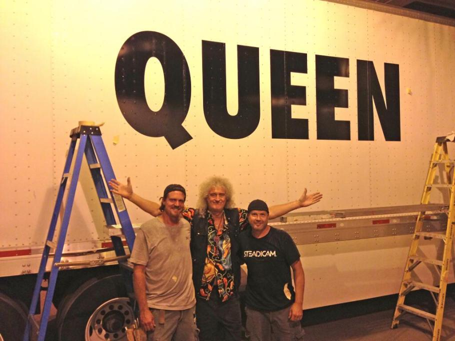 PAINT JOBS ! These 2 guys were 'wrapping' ALL the trucks tonight !  So if you see 13 of these on a road near you ... ~ @DrBrianMay